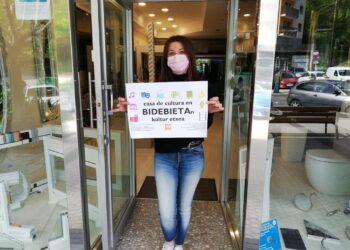 Campaña de los vecinos de Bidebieta pidiendo su casa de cultura. Foto: Asociación de vecinos