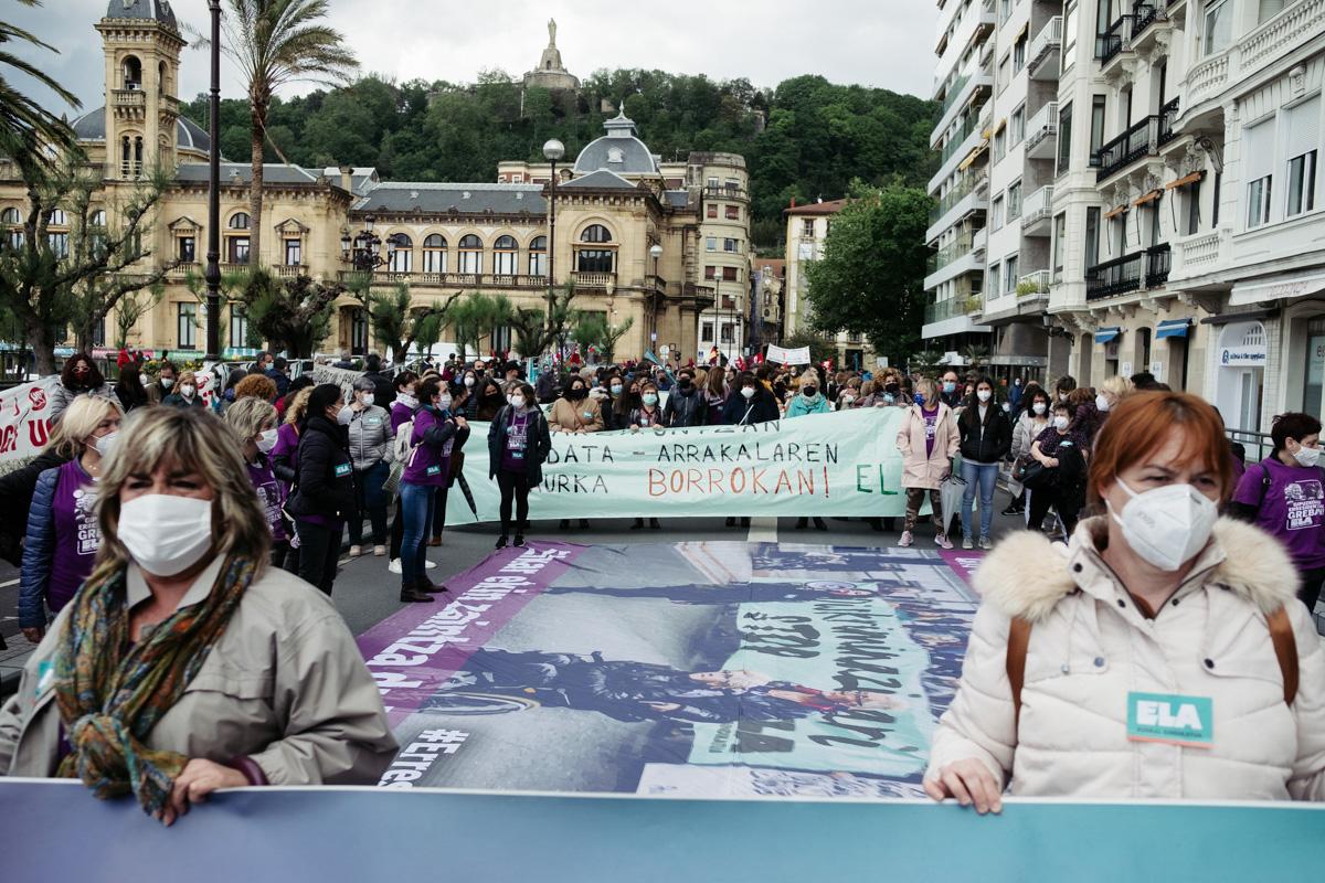 donostitik manifestacion 1 de mayo 03 - 1 de Mayo: Miles de trabajadores recuperan las calles de Euskadi tras la ausencia en 2020