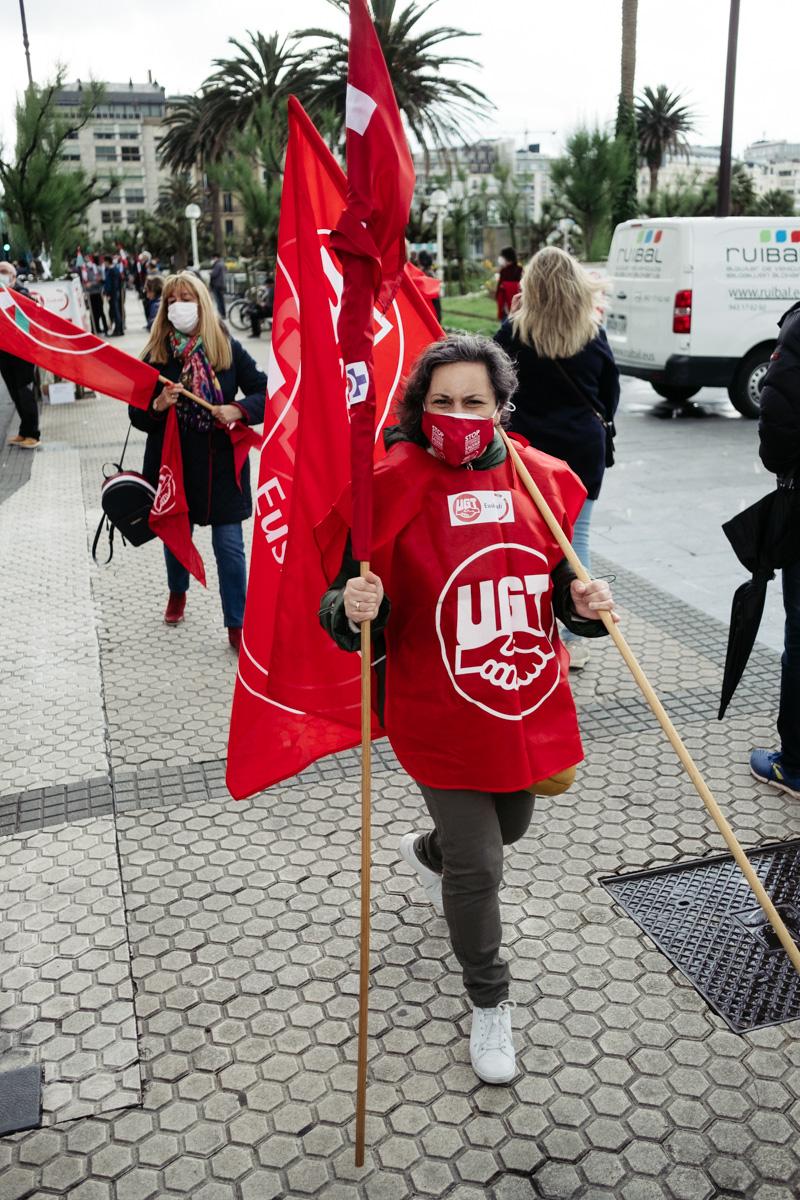 donostitik manifestacion 1 de mayo 08 - 1 de Mayo: Miles de trabajadores recuperan las calles de Euskadi tras la ausencia en 2020