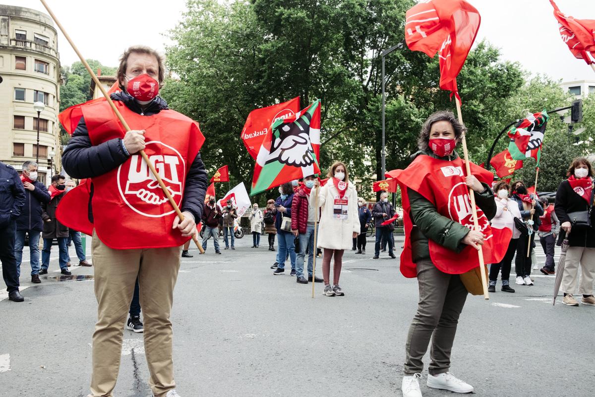 donostitik manifestacion 1 de mayo 22 - 1 de Mayo: Miles de trabajadores recuperan las calles de Euskadi tras la ausencia en 2020