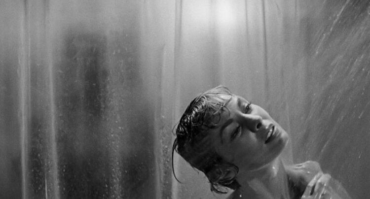 Janet Leigh en la mítica escena de la ducha en 'Psicosis', de Alfred Hitchcock