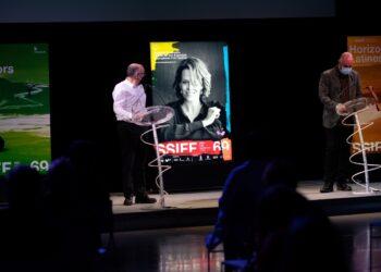 Rebordinos presenta el cartel con Sigourney Weaver como protagonista. Fotos: Santiago Farizano