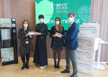 Acuerdo entre Bexen Medial y AECC. Foto: AECC