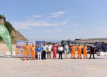 Inicio de la temporada de playas en Gipuzkoa. Acto en Mutriku. Foto: Diputación