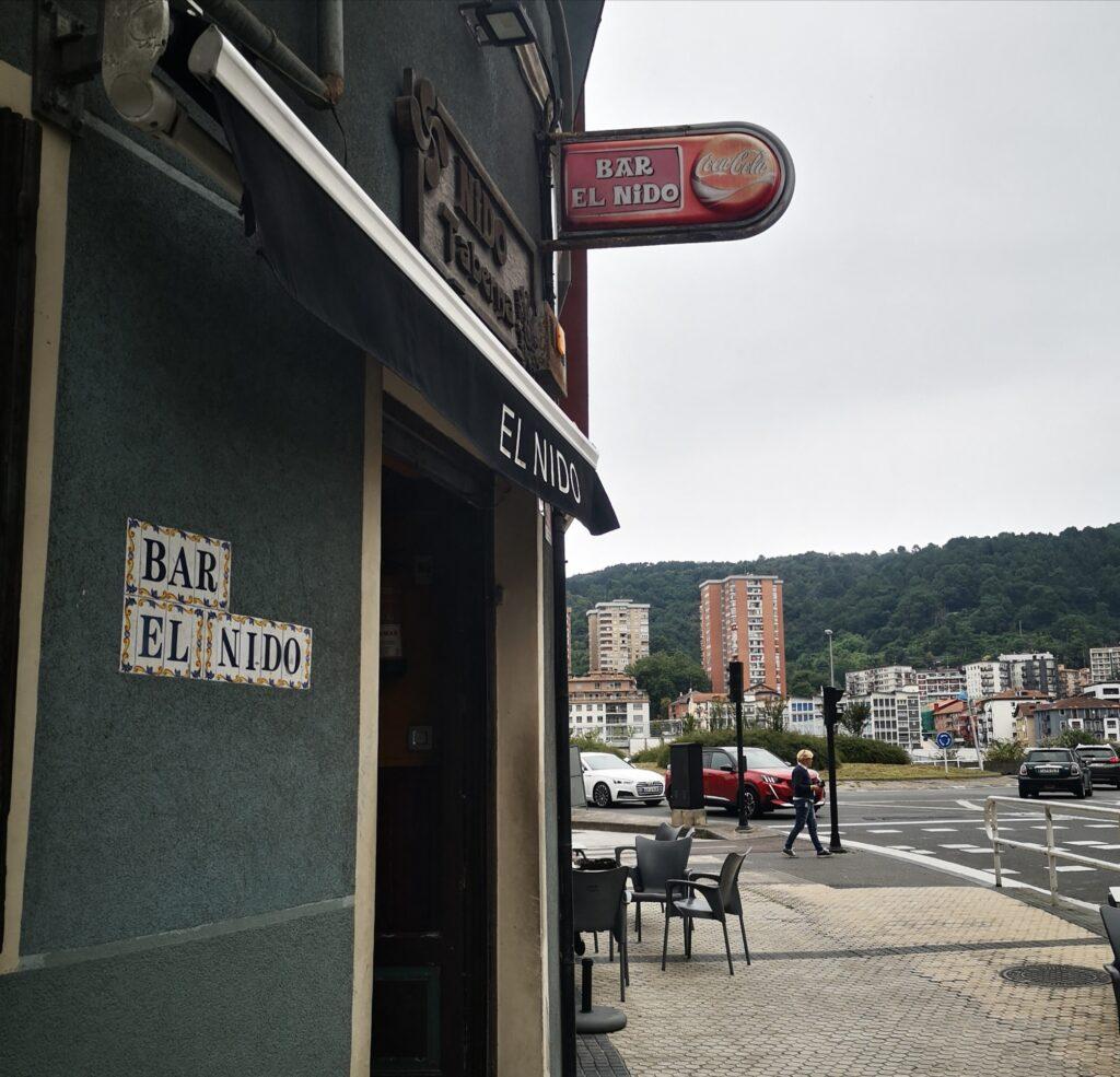 bar el nido herrera altza 1024x985 - El Che Guevara revive en el bar El Nido de Herrera