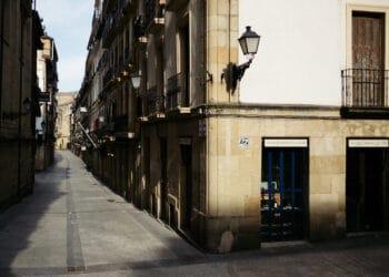 Imagen del confinamiento en Donostia. Foto: Santiago Farizano