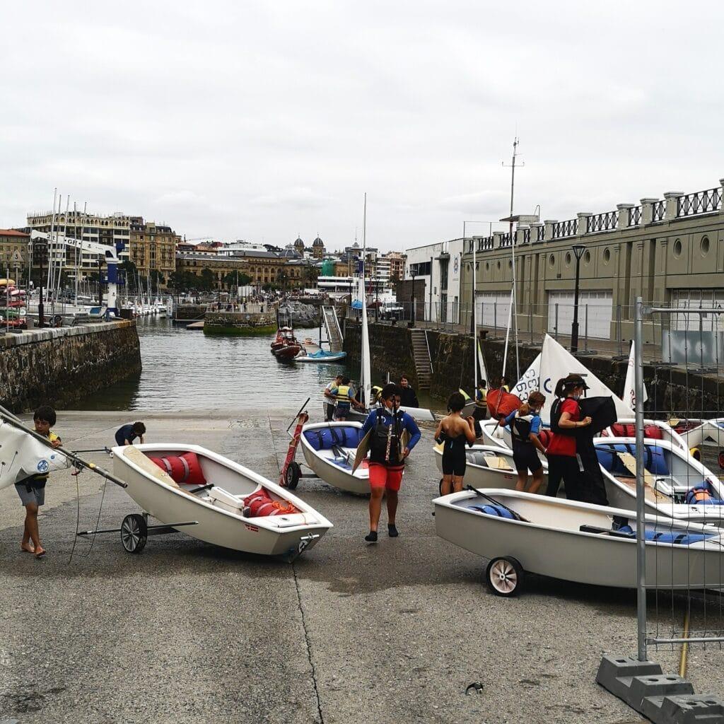 puerto muelle donostia rampa 1024x1024 - Sin su rampa y con ruido, los vecinos del Puerto donostiarra inician el verano