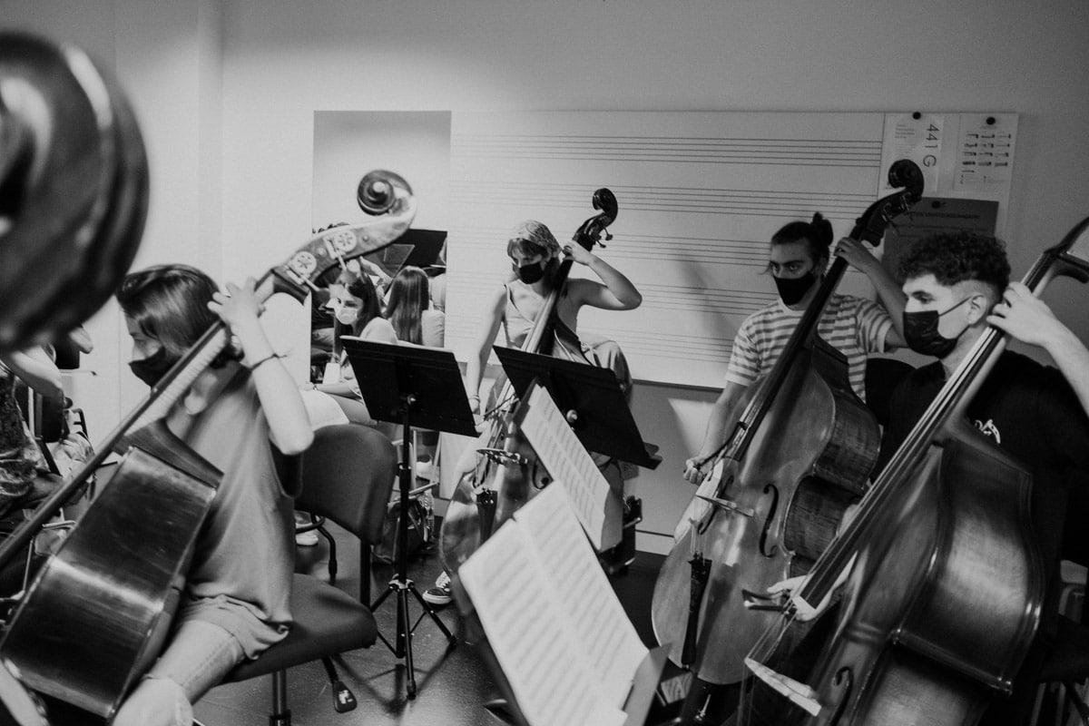 """DSCF5806 - """"Vamos a tocar con Gustavo Gimeno y Julian Rachlin. Eso resume el nivel de la EGO"""""""