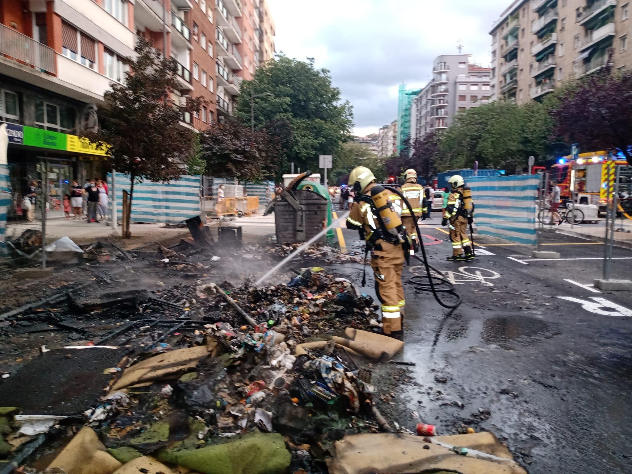 incendioAmara1 - Aparatoso incendio sin consecuencias personales en Amara