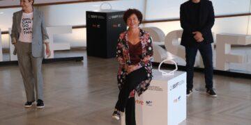 Portillo, Bollaín y Tosar presentando 'Maixabel' en el Festival de San Sebastián. Fotos: Santiago Farizano