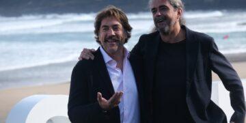 Javier Bardem y Fernando León de Aranoa presentando 'El buen patrón' en el Festival de San Sebastián. Foto: Santiago Farizano