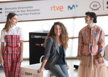 El equipo de 'Distancia de rescate' Dolores Fonzi, María Valverde y Claudia Llosa. Fotos: Santiago Farizano