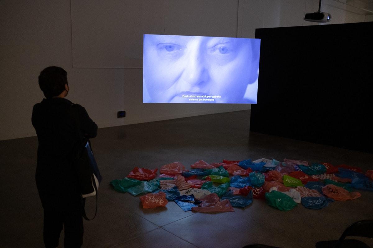 DSCF7210 - Arte y cine se fusionan en dos nuevas exposiciones en Tabakalera