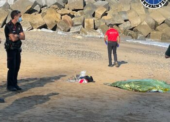 Aparición de un cadáver en la playa de Saturraran, Mutriku. Foto: Ertzaintza