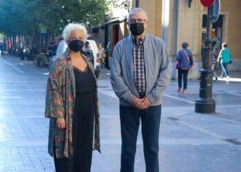 Maite Peña y el presidente de la asociación guipuzcoana de afectados Afagi, Koldo Aulestia. Foto: Diputación