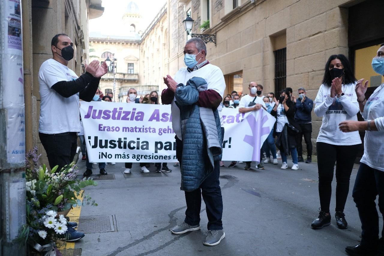 """2021 1011 18415800 copy 1280x853 - Reclaman """"justicia"""" para Asier Niebla en el tercer aniversario de su muerte"""