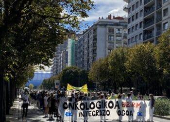 Marcha por el futuro de Onkologikoa hoy en Amara. Foto: Cristina Francisco