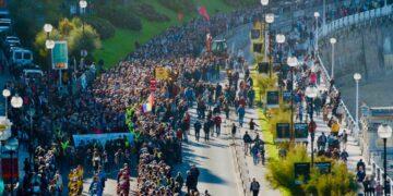 Marcha de hoy en Donostia por los presos. Foto: Sare