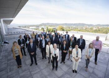 Embajadores de la UE en Viralgen. Foto: Viralgen