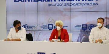 Presentación de la encuesta sobre las residencias elaborada por el ente foral. Foto: Diputación